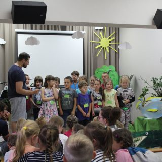 singing songs during day camp